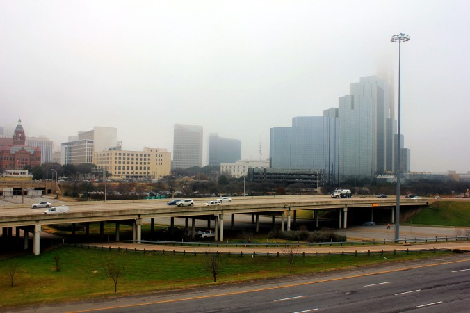 texas-dallas-skyline-in-the-fog